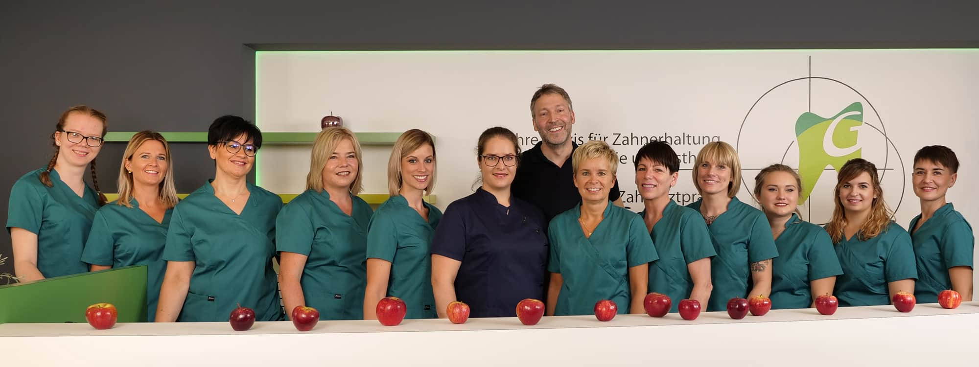 Praxisteam der Zahnarztpraxis Dr. Gottwald in Koblenz am Hauptbahnhof