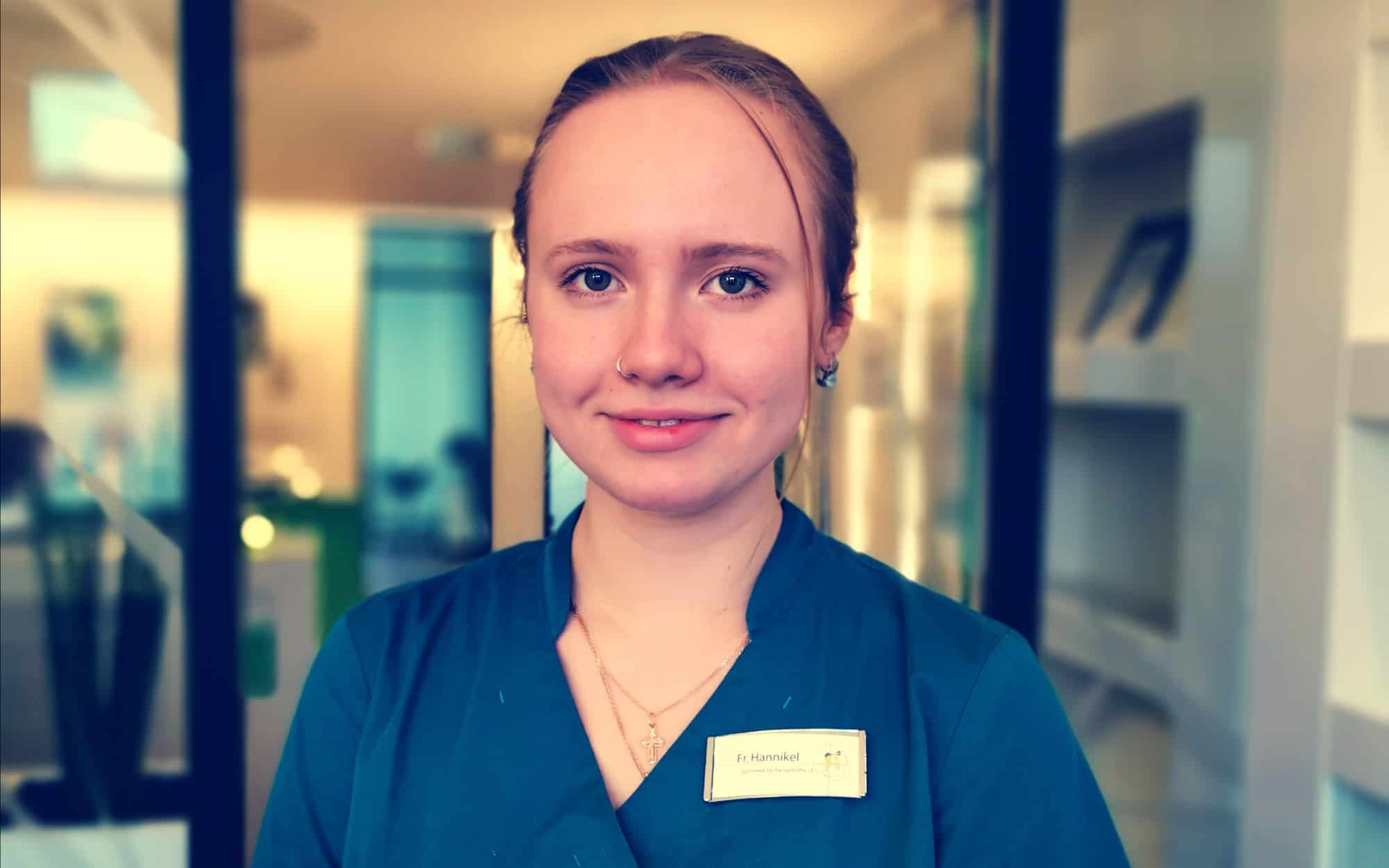 Julia Hannikel - Zahnmedizinische Fachangestellte in Ausbildung in der Zahnarztpraxis Dr. Wolfgang Gottwald in Koblenz